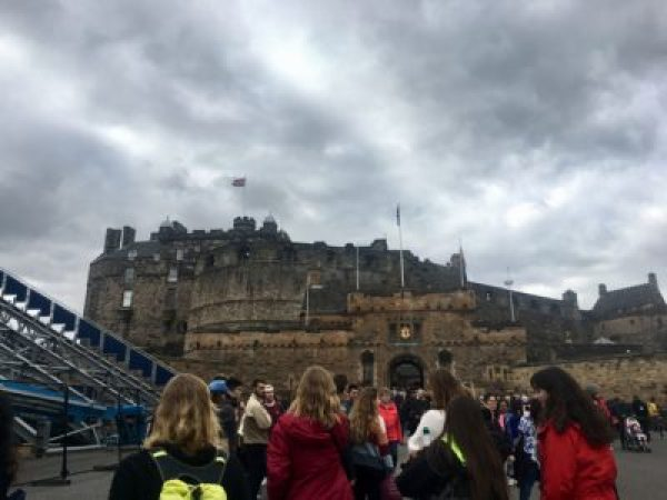 4edinburgh_lauren-west_staff