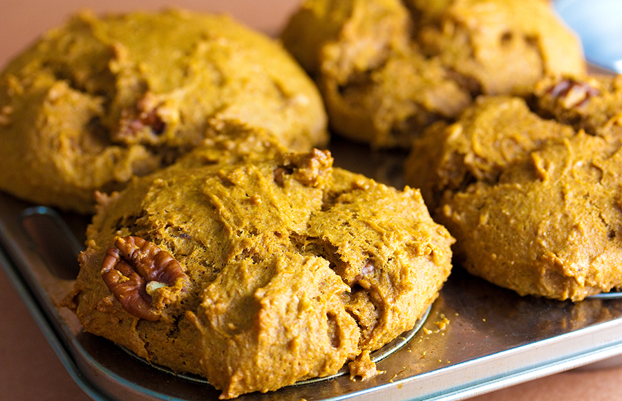 Your new favorite fall recipe: 5-ingredient pumpkin muffins