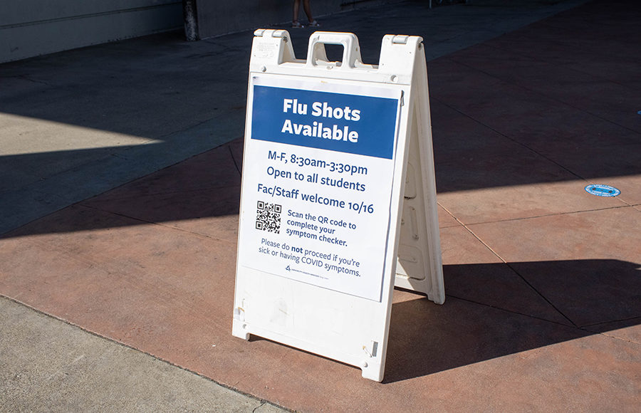 Photo of Flu Shots Available sign