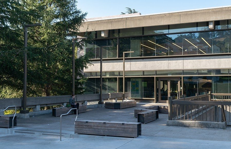 Moffit Library