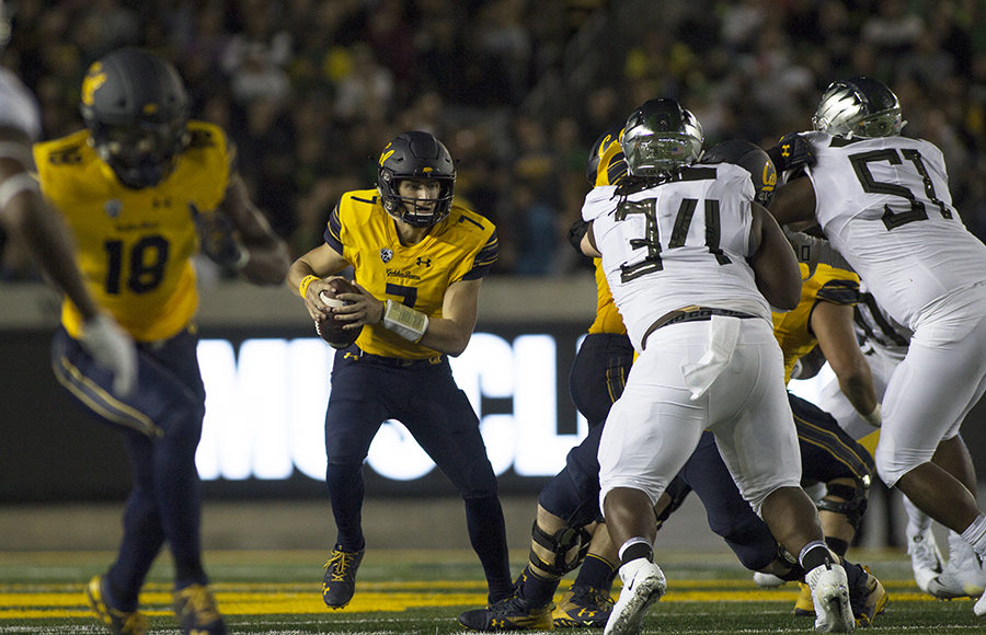 Photo of Cal Football vs University of Oregon in Fall 2019