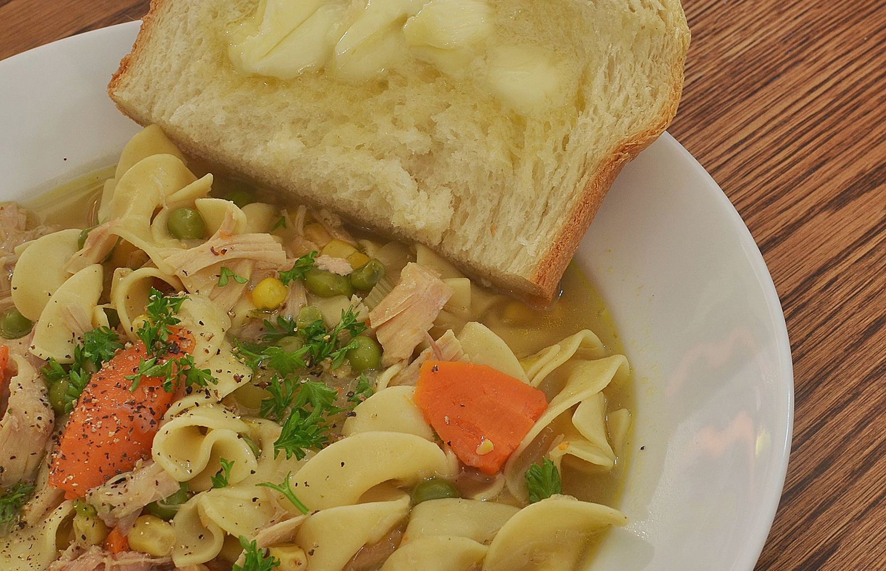 Cal cooking chronicles: Easy chicken noodle soup recipe