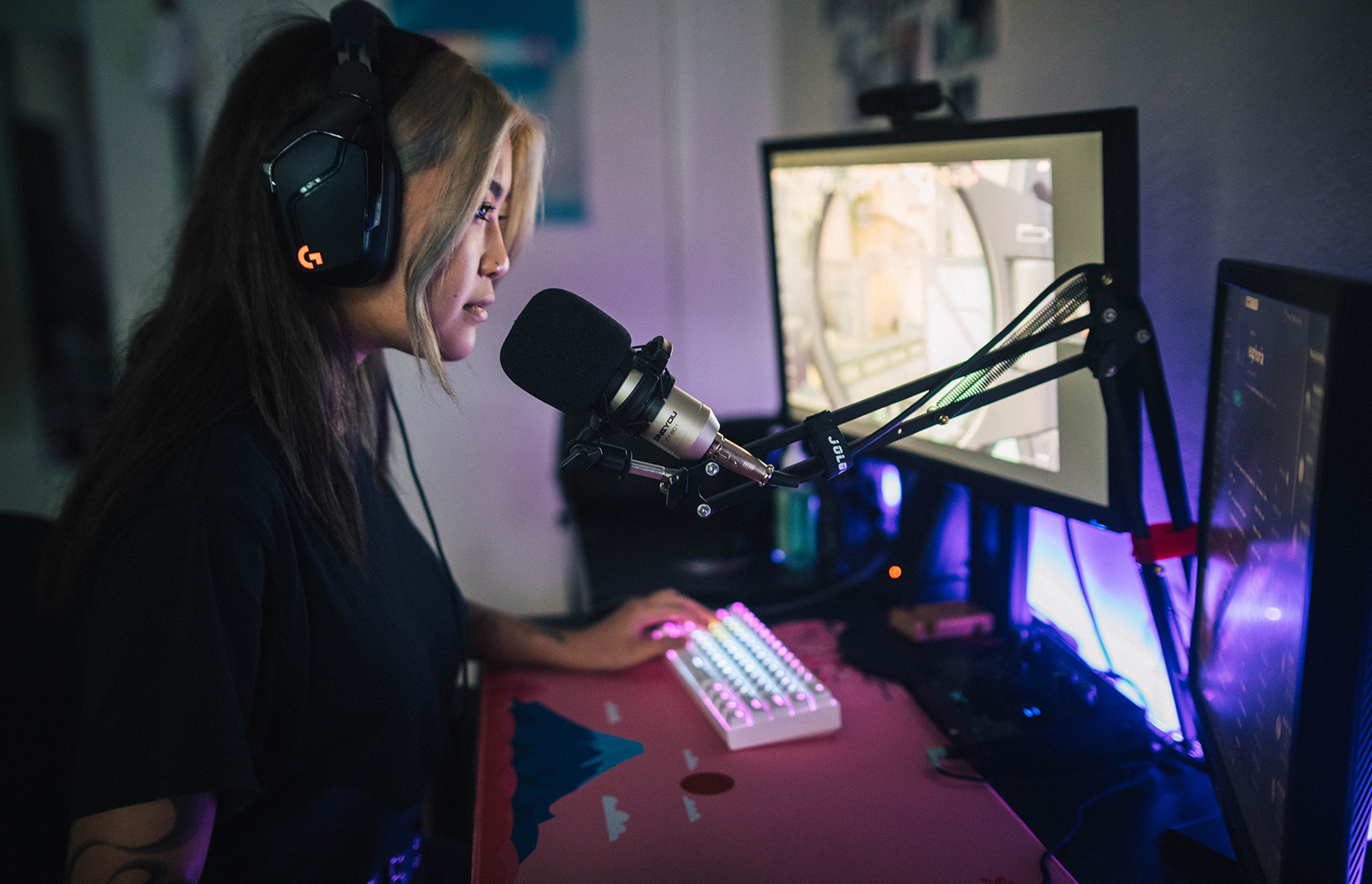 Girl gamers rise up: Combatting sexism in the gaming community