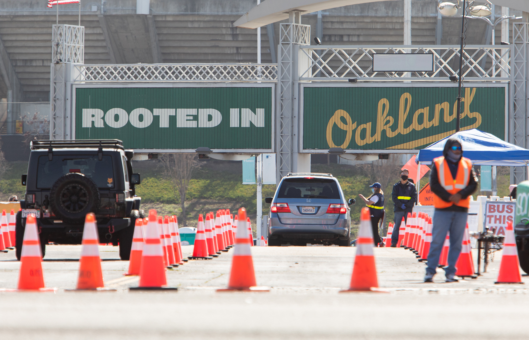 Oakland Coliseum mass vaccination site to close May 23