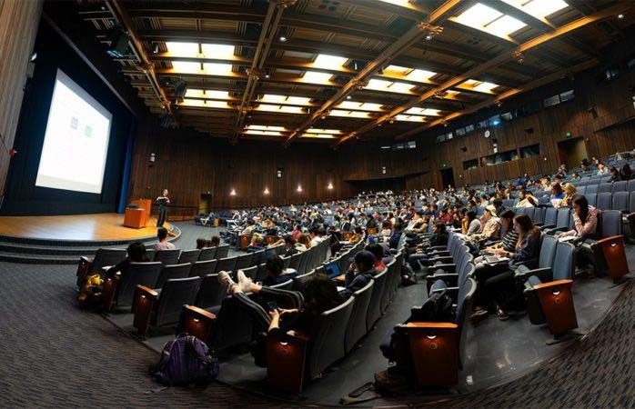 Photo of full lecture hall