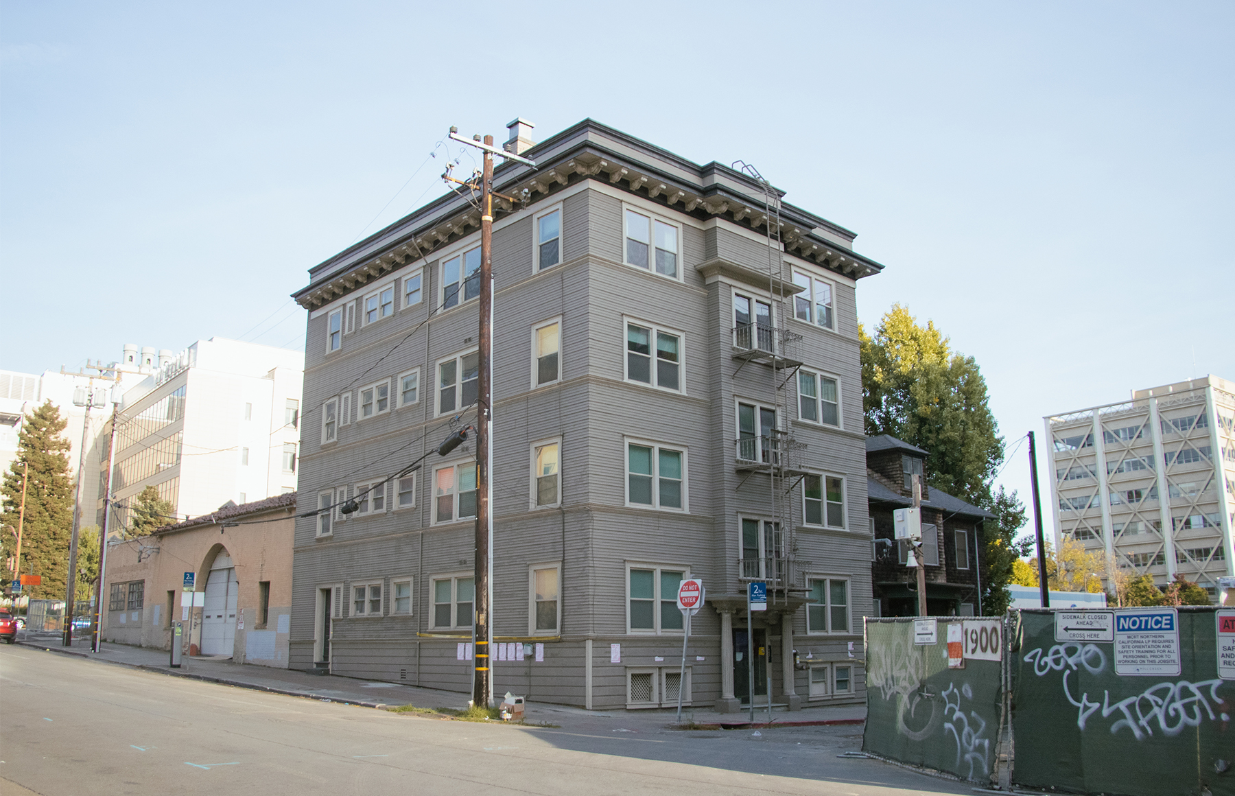 Last tenants of 1921 Walnut St. agree to vacate affordable units