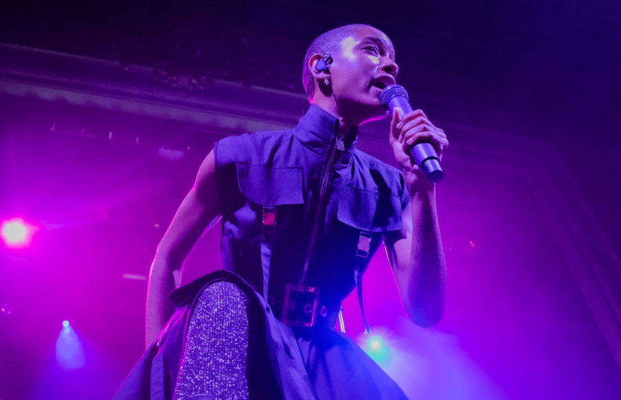 photo of Willow Smith performing in concert