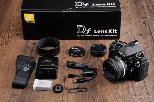 Nikon-Df-unboxing