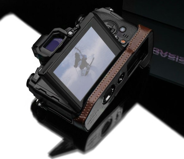 olympus-em1-leather-case_02