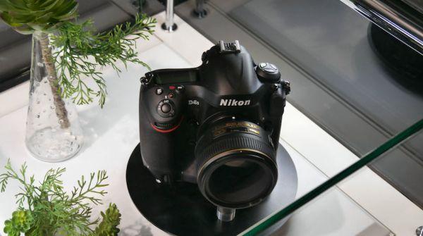 Nikon-D4S-cp-2014-01
