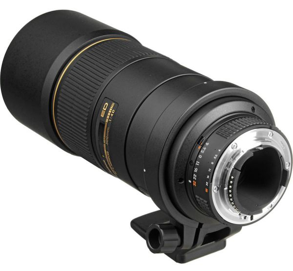 nikon-300mm-f4-fl-vr-lens-coming-soon