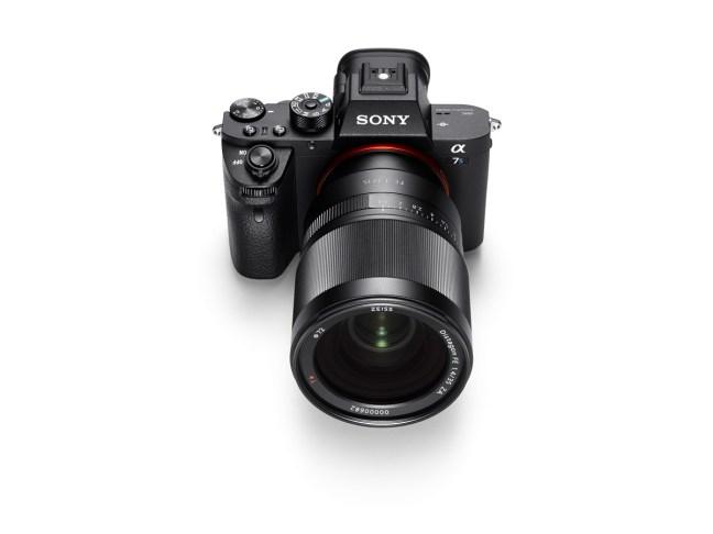 sony-a7sii-mirrorless-camera