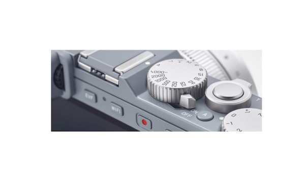 leica-d-lux-typ-109-solid-gray-06