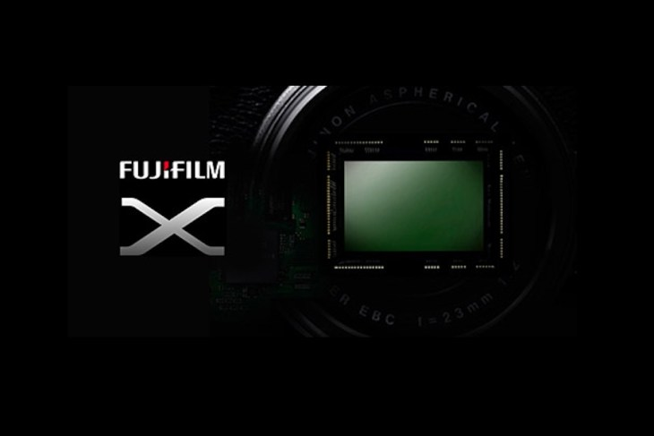 Fujifilm X-T100 camera is in development