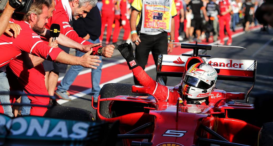Australian-Grand-Prix-2017-Vettel-High-Five