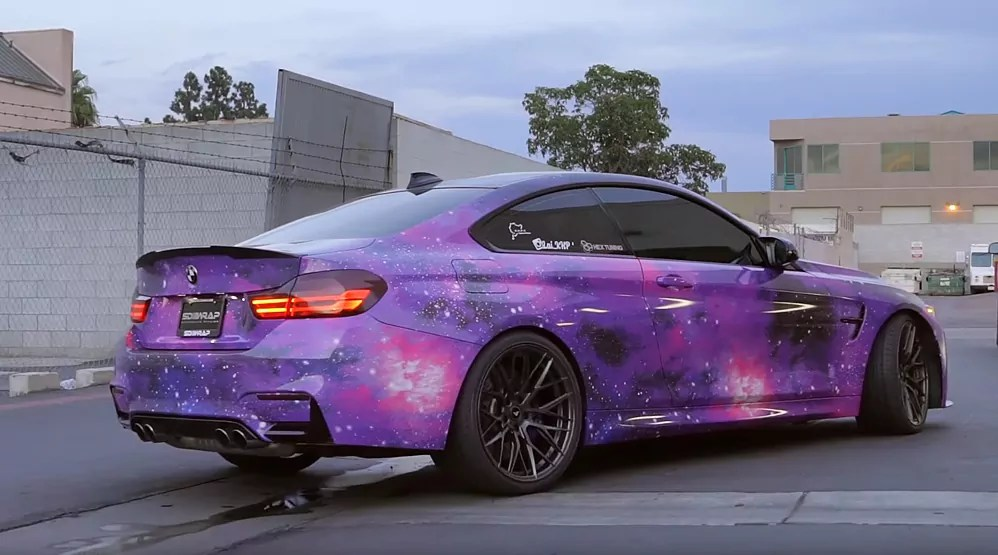 Crazy car wrap, BMW Galaxy dailycarblog.com