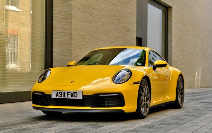 2019 Porsche 911 8th generation front dailycarblog.com