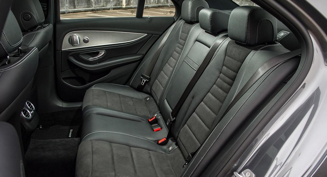 Mercedes E Class Review - AMG Line Edition - 220d - Dailycarblog - 007