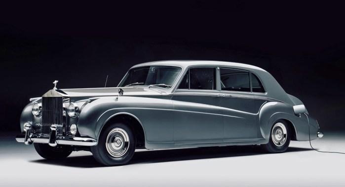 Lunaz Rolls Royce Phantom V dailycarblog