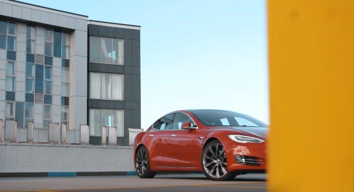 A Bloody Good Electric Car Year - Dailycarblog