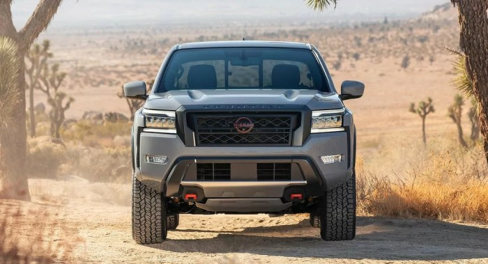 Nissan Frontier 2022 - Front - Dailycarblog