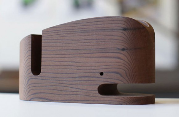 Wood_Whale_Desk_Organizer_iPhone_Holder_03