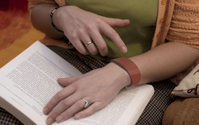 TapTap, a touch communication wristband