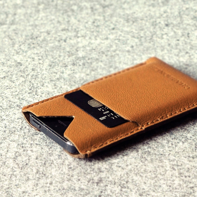 Hand Stitched iPhone 5/5s Wallet in Brown by Charbonize