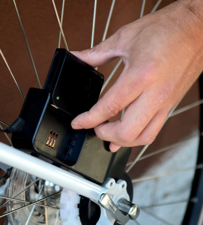 siva_atom_bicycle_charger_03