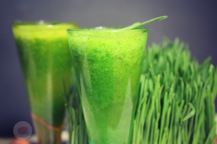 Wheatgrass for hair
