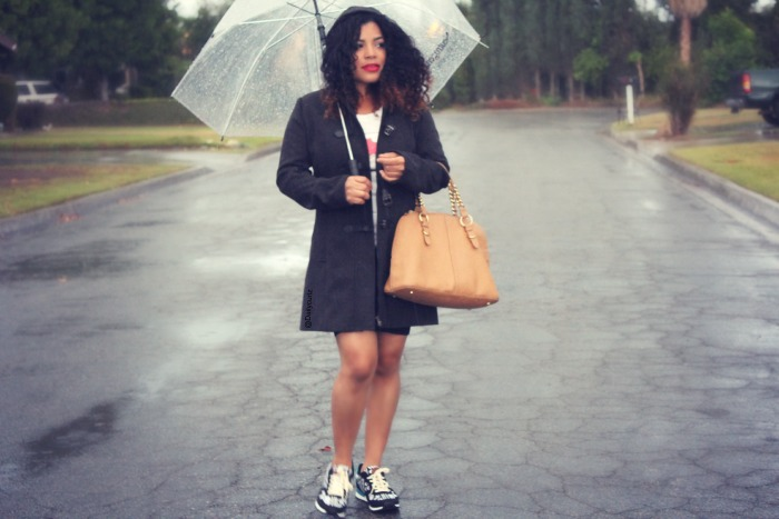 how to style yoru sneakers