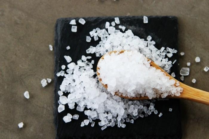 Puede la sal realmente transformar tu cabello?