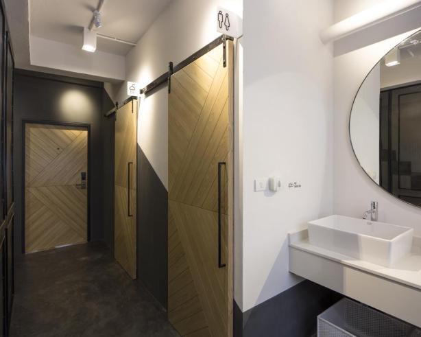 Bed One Block Hostel Design - bathrooms