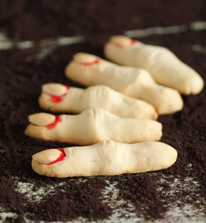 Halloween Recipes: Witch's Fingers