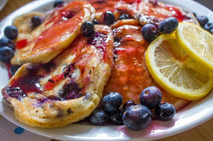Blueberry-Lemon-Ricotta-Pancakes-with-Blackberry-Vanilla-Syrup