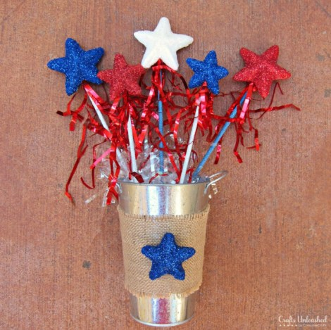 Glittery-4th-of-July-Craft-Wands-1024x1024