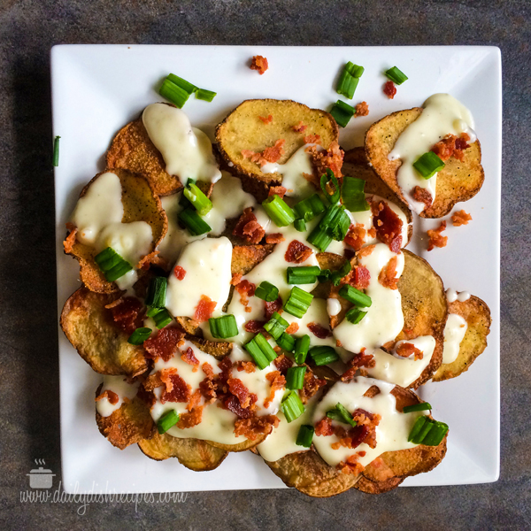 Baked Potato Chips with Gorgonzola Cheese Sauce