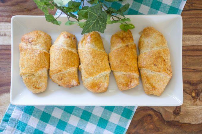 Creamy-Chicken-and-Mushroom-Croissants