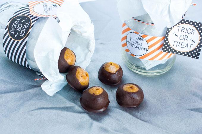 Creamy Crunchy Peanut Butter Pumpkin Truffles