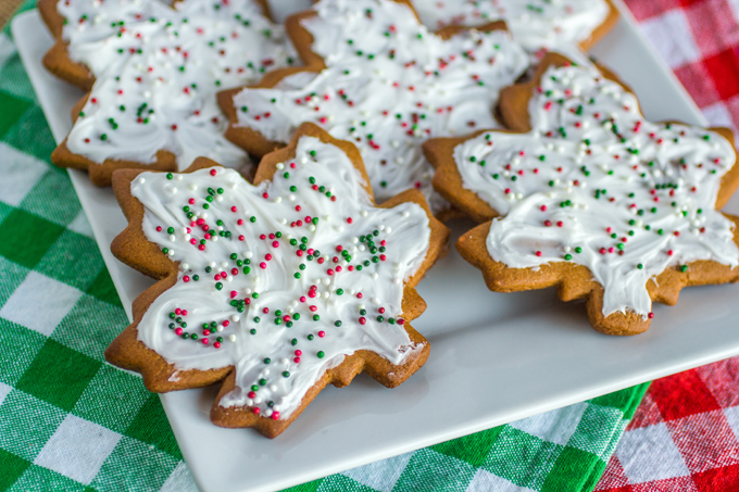 Frosted-Ginger-Spice-Cookies-4