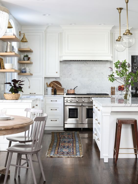 9 charming farmhouse inspired kitchens for a cozy on 91 Comfortable Kitchen Design Tips 2020 id=68139
