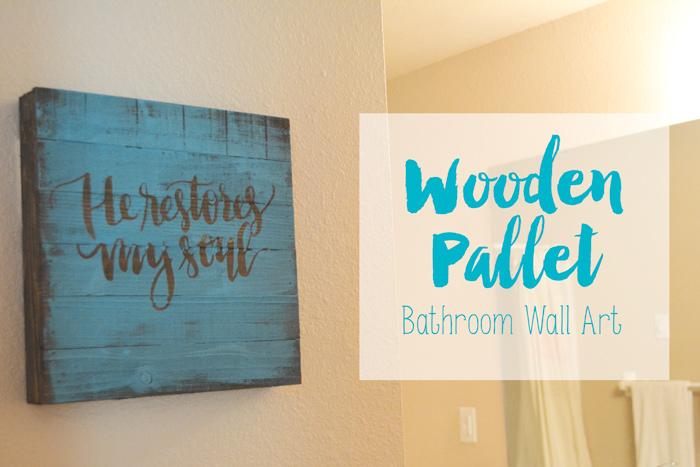 Wooden Pallet Bathroom Wall Art