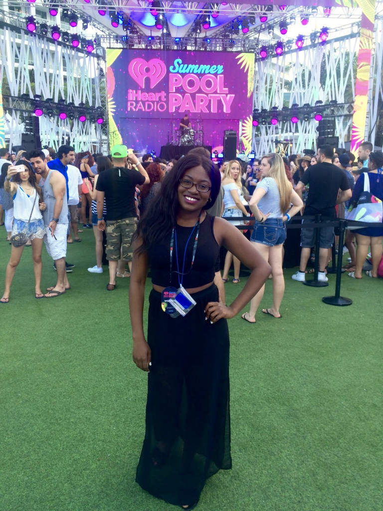 iheartradio summer pool party 2016, iheartradio summer pool party, miami blogger, haitian blogger, fontainebleau, fontainebleau miami beach