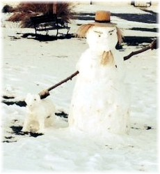 Amish snowman in Lancaster County, PA 12/13 (Photo by Lee Smucker)