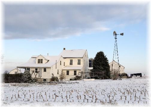 Amish farm in snow 12/14/17