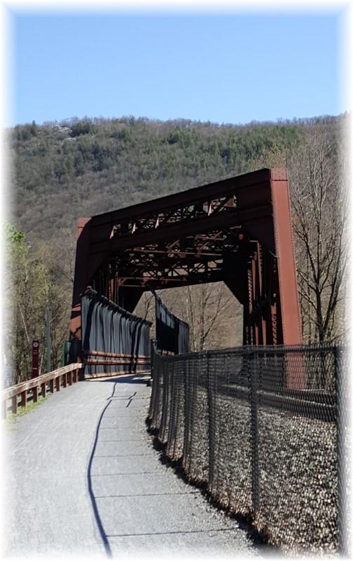 Lehigh River Gorge railroad bridge 04/23/16