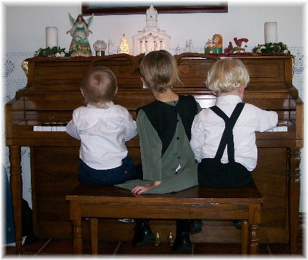 Piano players