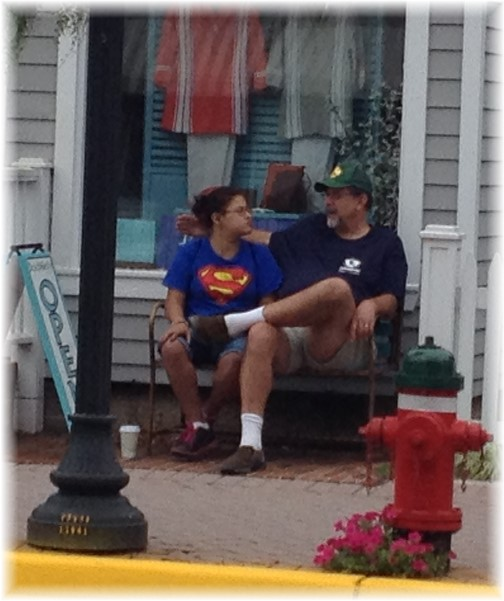 Waiting for lunch in Lewes DE 09-20-14