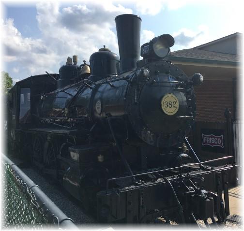 Train engine at Casey Jones museum 8/8/17
