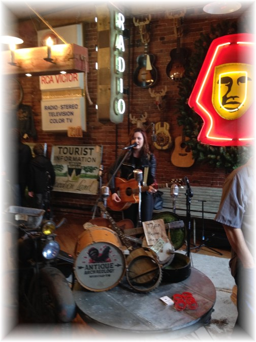 Live music at the American Pickers Store in Nashville 11/28/15